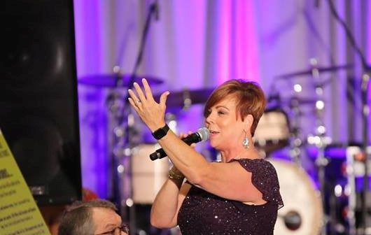 Charity Auctioneer Christie King